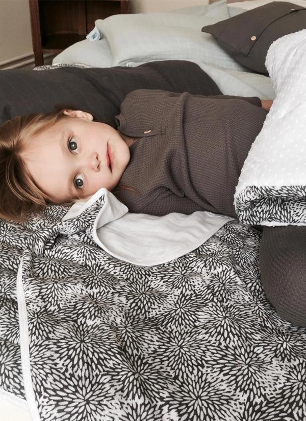 mattresses bedspreads yume store. Black Bedroom Furniture Sets. Home Design Ideas
